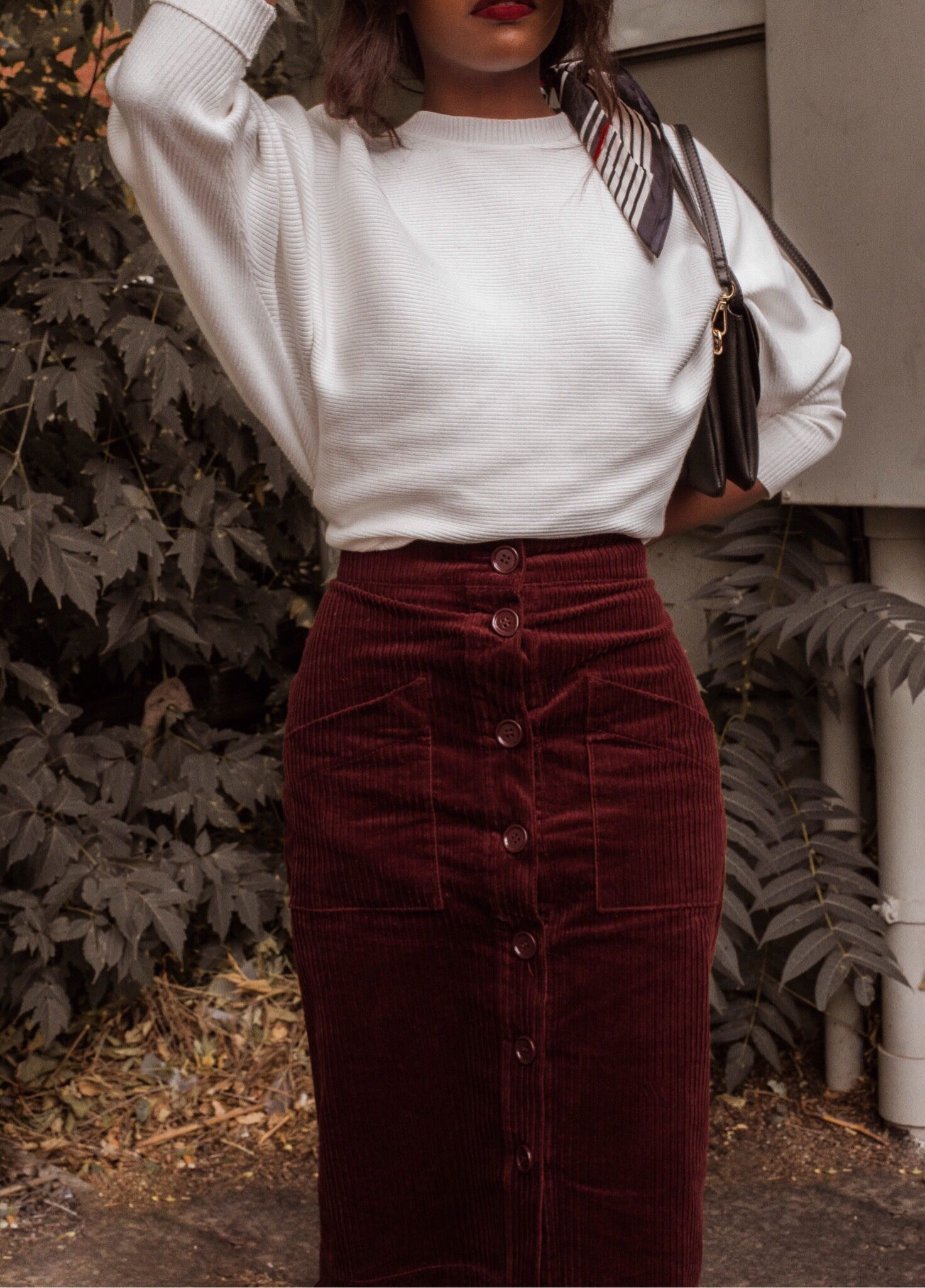 c7d1ee89047da The Corduroy Skirt I ll Be Wearing Throughout Fall © CetteDame 2018