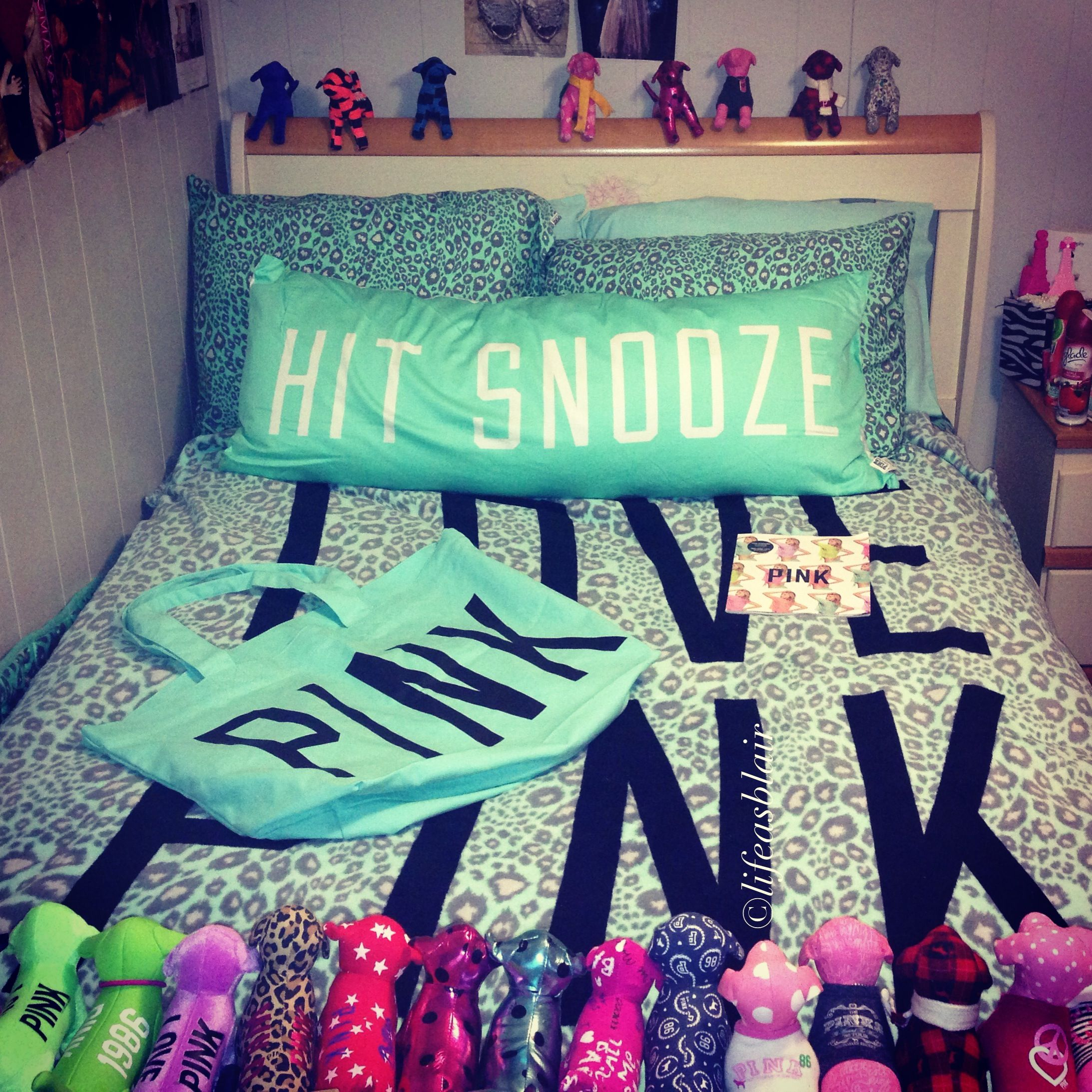 Victorias secret pink bed sets - Find This Pin And More On Pink I Love This Vs Mint Leopard Bedding