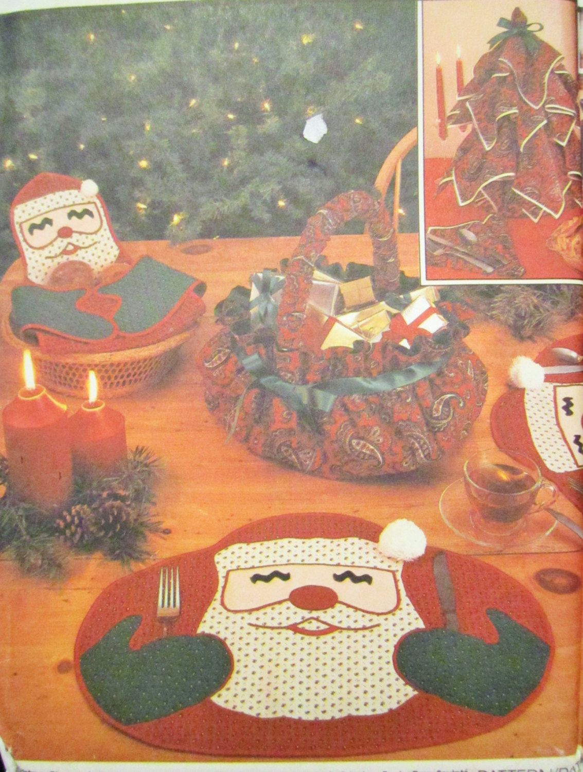 Christmas Place Mats Santa Claus Place Mat Simplicity Crafts Pattern 7024 Napkin Christmas Christmas Quilting Projects Christmas Quilts Christmas Placemats