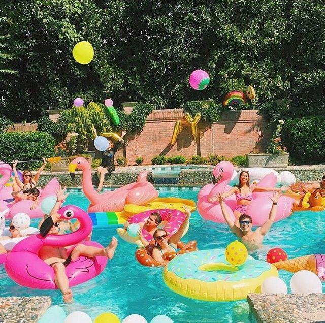 There can never be too many pool parties birthday cumplea os en piscina fiesta fiestas en - Cumpleanos en piscina ...