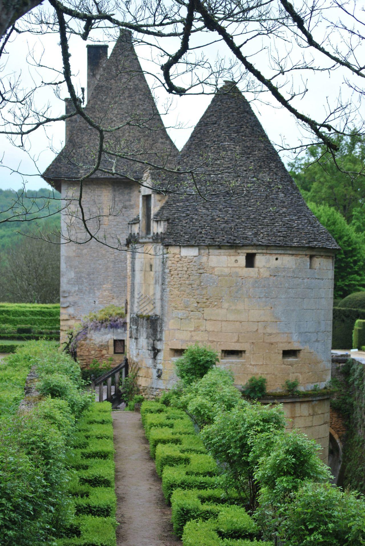 Joli Chateau de Losse - Périgord FRANCE