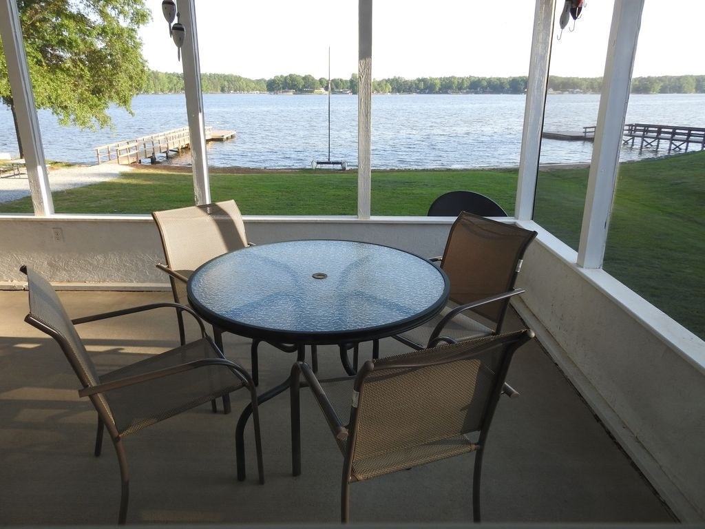 House Vacation Rental In Salisbury Nc Usa From Vrbo Com Vacation Rental Travel Vrbo Outdoor Furniture Sets Vrbo Vacation Rental