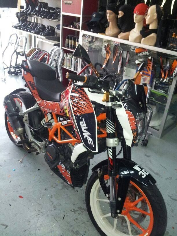 KTM DUKE 200/390 BODY STICKER KTMBS01 | KTM | Pinterest ...