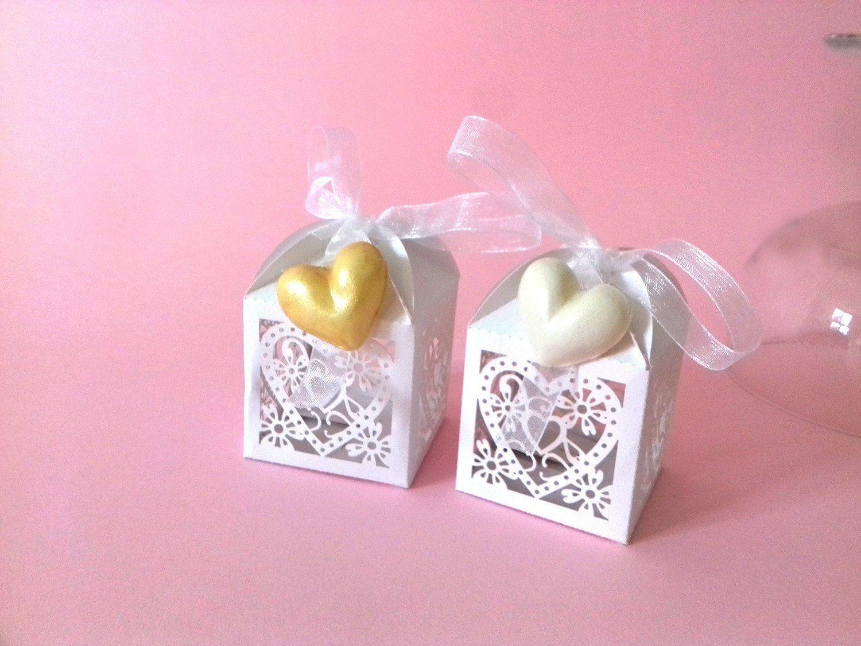 Segnaposto Matrimonio Lanterna.Wedding Favors White Lantern Heart Cold Porcelain Gold And White