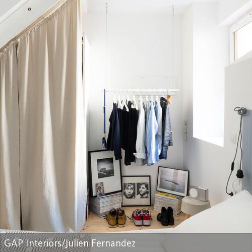 Hängende Kleiderstange hängende kleiderstange im puristischen ankleidebereich
