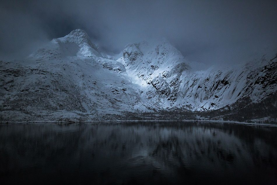 1X - A night in the Lofoten by Hervé Loire