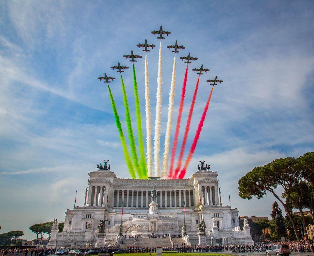 Frecce Tricolori Roma 2 Giugno Festa Della Repubblica