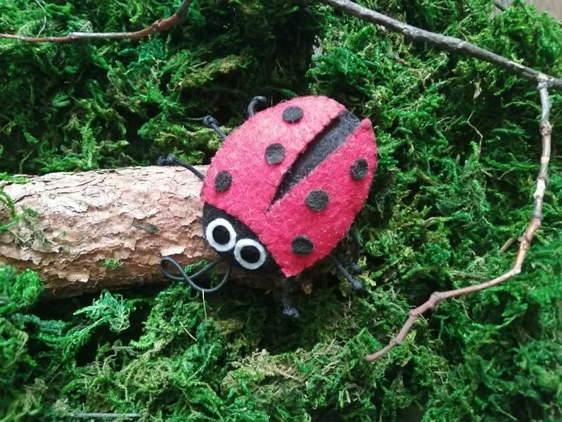 These ladybug decoration will be a wonderful addition to your home decor. All of my creations are made with love and care, in a smoke-free and pet-free home. Size of ladybug is 6 x 4,5 cm (2,4 x 1,8 in) (not including the elastic loop). 100 % handmade with soft felt. #ladybug #toy #feltanimal #craft #diy #handmade #hangingornament #magnet #Marienkäfer #felt #hangingdecoration #hangingornament #kidsroom #toy #magnet #brooch #biedronka #ladybug #handmade #eco #ecofriendly #fashion #decoration