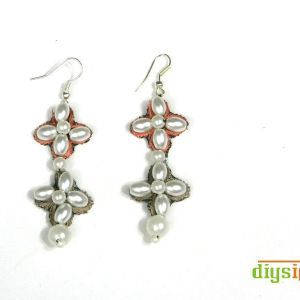 DIY Dangle Pearl Earrings Step by Step With Pictures ... Isn't this lovely? See more awesome stuff at http://craftorganizer.org