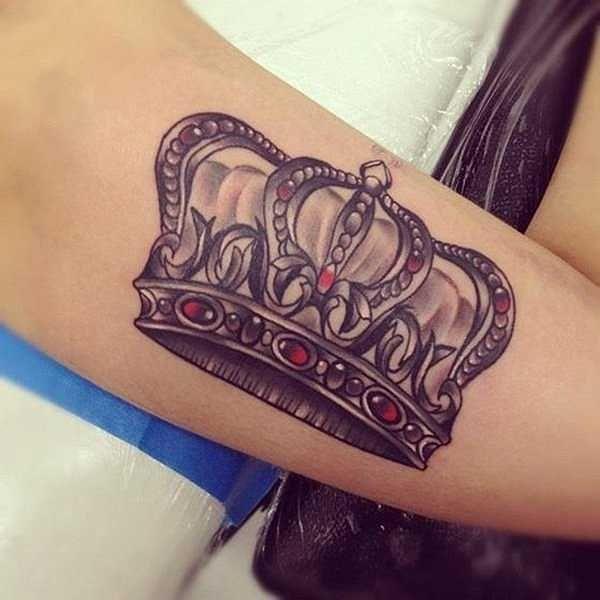 motiv der woche die krone kronen tattoo ideen und. Black Bedroom Furniture Sets. Home Design Ideas