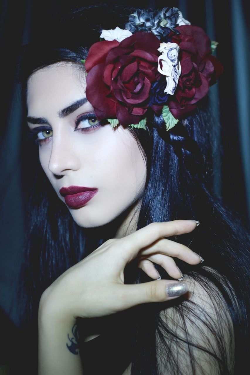 Mahafsoun smokin goth chicks pinterest kind of gothic and