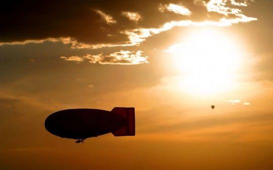 Viaje en Zeppelin al Atardecer - Fotos para todo lo que estás buscando