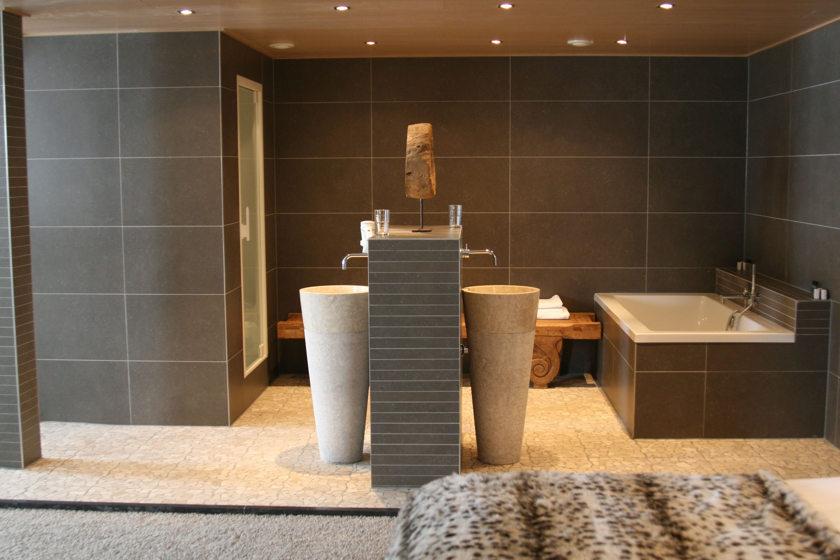 Design Badkamer Arnhem : Van der valk hotel arnhem: wellness loft badkamer onze