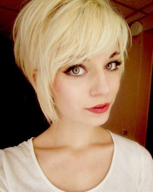 trendy short hairstyle for girls blonde hair popular haircuts