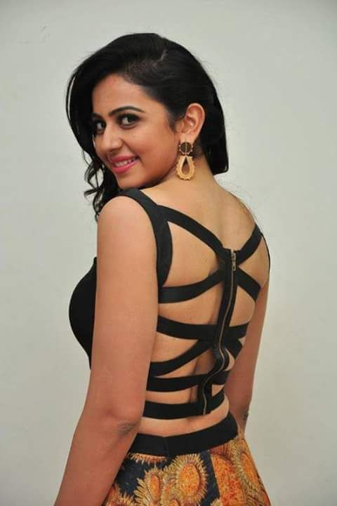 Hot and sexy indian actress