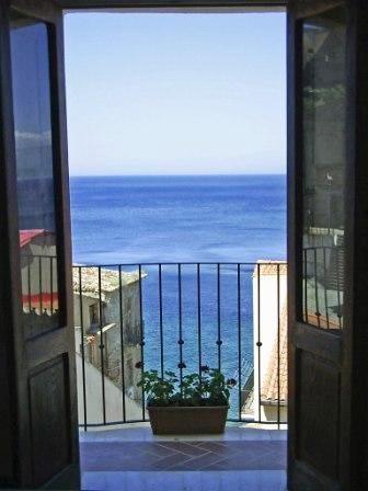 B&B Chianalea 54 romantico con tutte le stanze vista mare, soggiorni ...