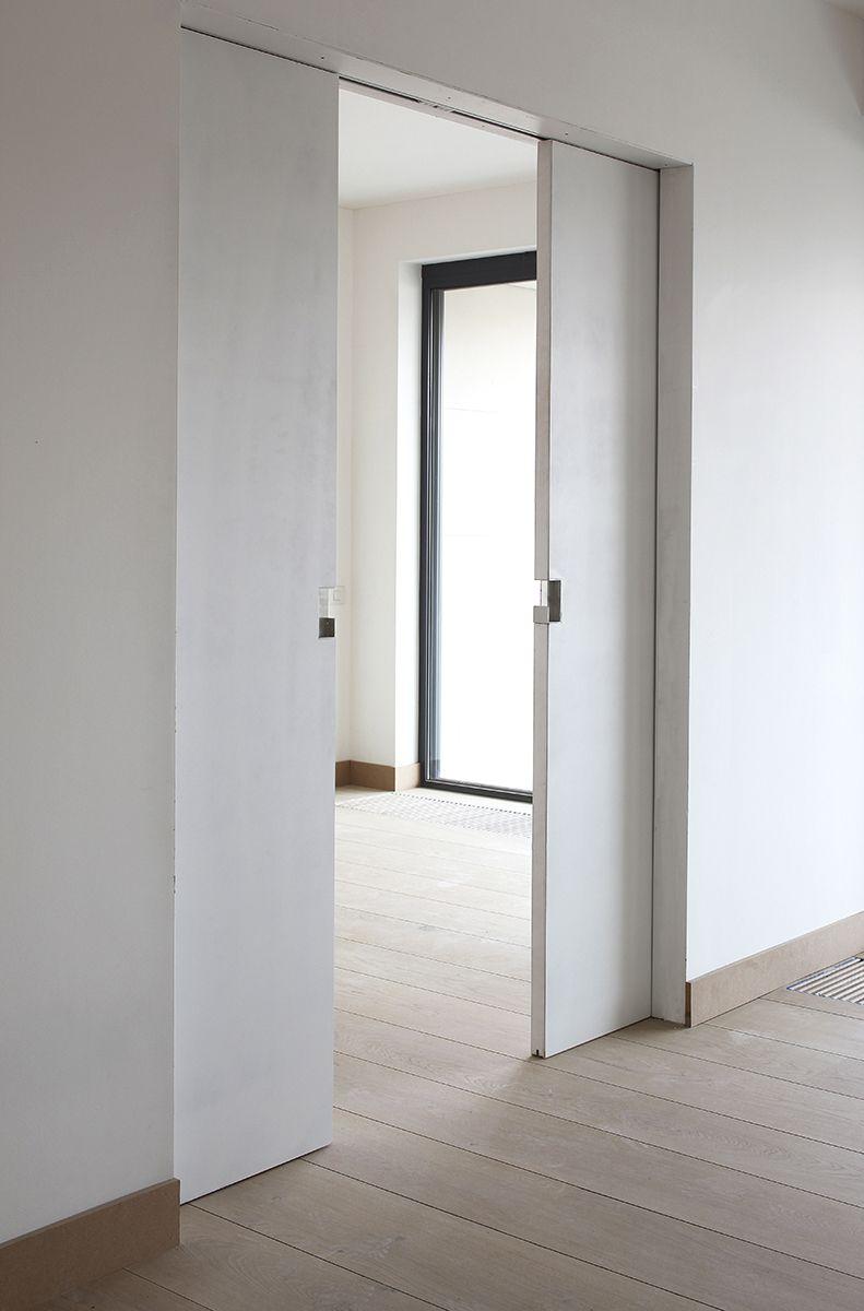 Gelakte of schilderklare onzichtbare dubbele schuifdeuren bureau