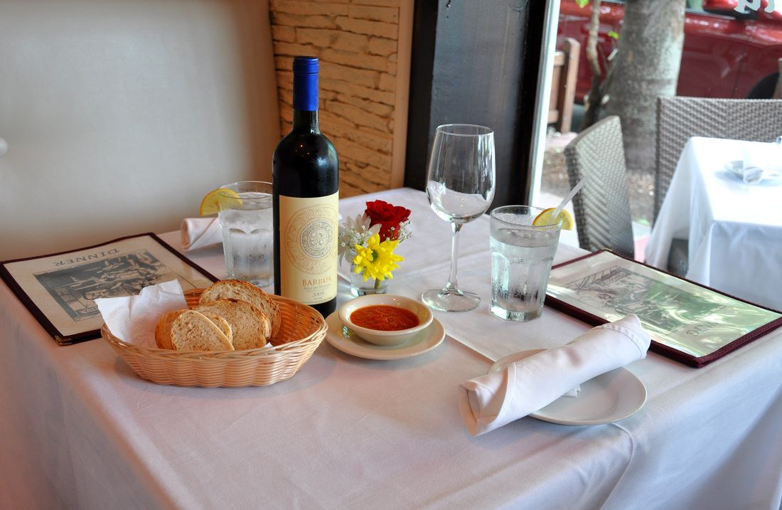 Restaurant table setup - Italian Restaurant Table Setup Google Search
