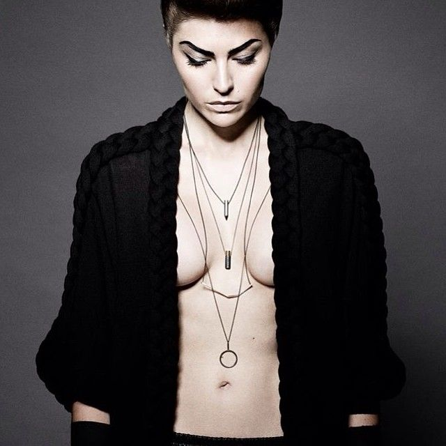 Janni Krogh jewellery. Neck | Laces. Oxidized silver and 18kt gold.