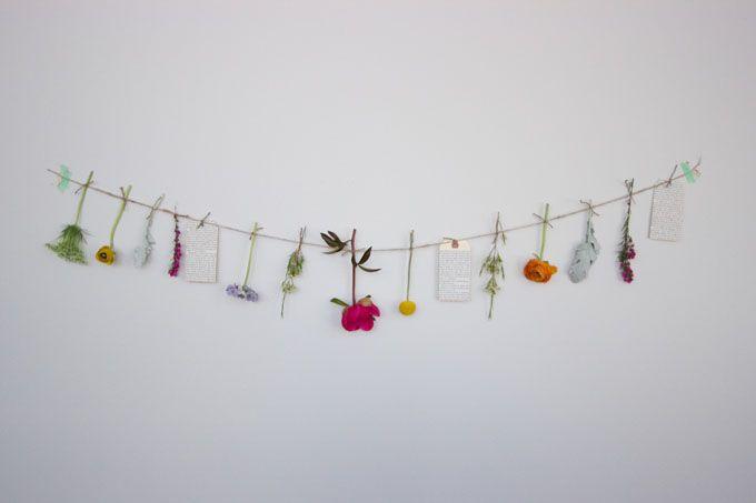 Kesäkoriste; eteiseen kukkia ja polaroidit!