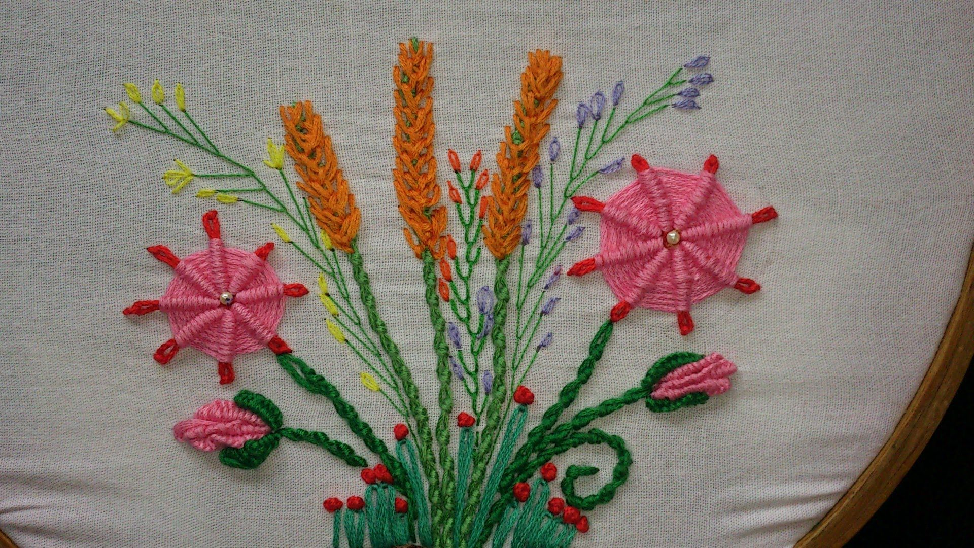 Hand embroidery-#32- spider daisy stitch-leisha's galaxy. - YouTube