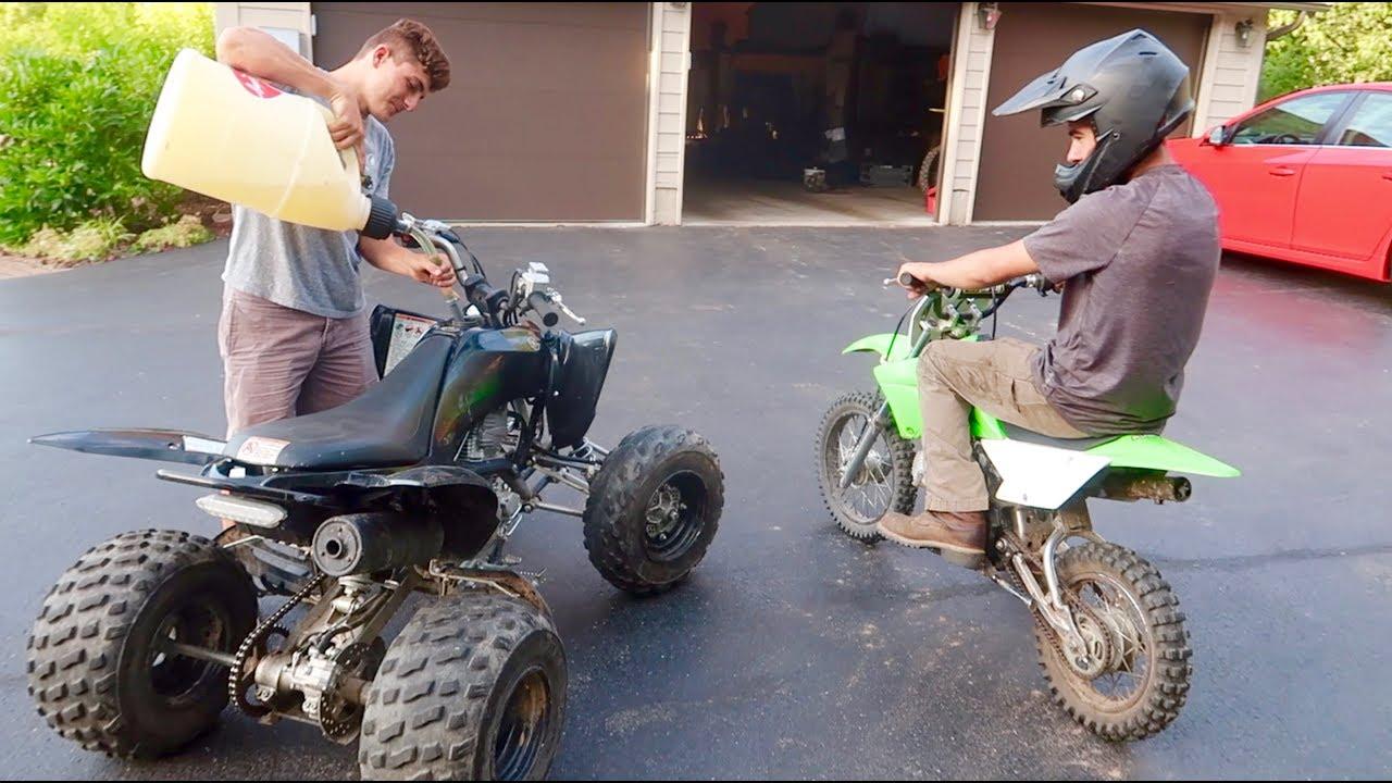 Drift Quad Vs Pit Bike In 2020 Pit Bike Quad Bike