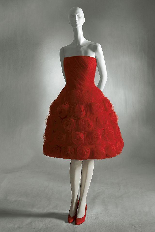 Valentino haute couture 1960..Credit/Pinterest..