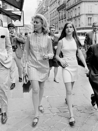 betty bacall with daughter leslie bogart in 1968 old