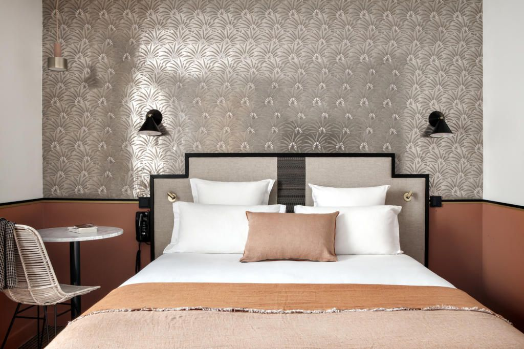 Six brilliant lighting ideas to steal from hotels bedroom ideas