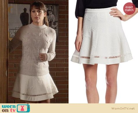 Rachel's white textured skirt on Glee. Outfit Details: http://wornontv.net/31656/ #Glee