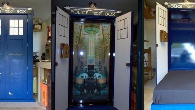 Brilliant TARDIS Murphy Beds With LED Effects Lighting And A Talking  Telephone Loaded With Four Doctor Who Phrases. It Also Projects The  Southern Cross Sign ...