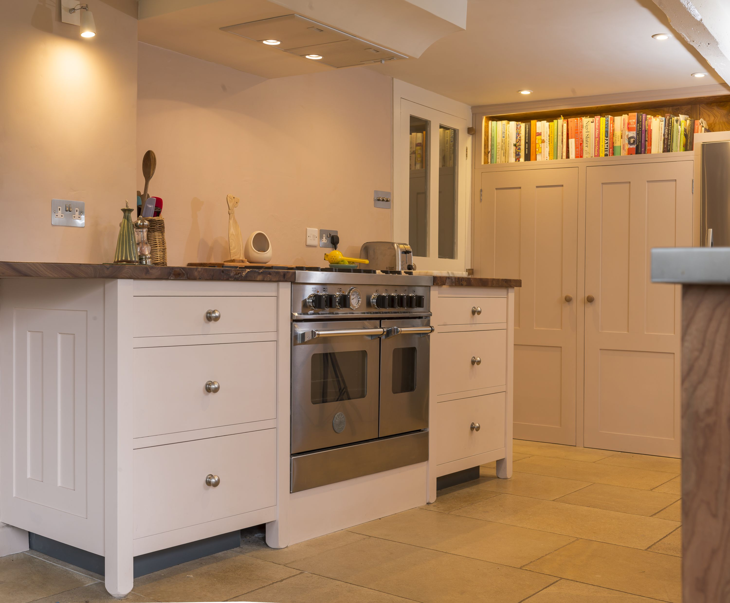 Best The Bertazzoni Range Is Surrounded By Soft Closing Draws 400 x 300
