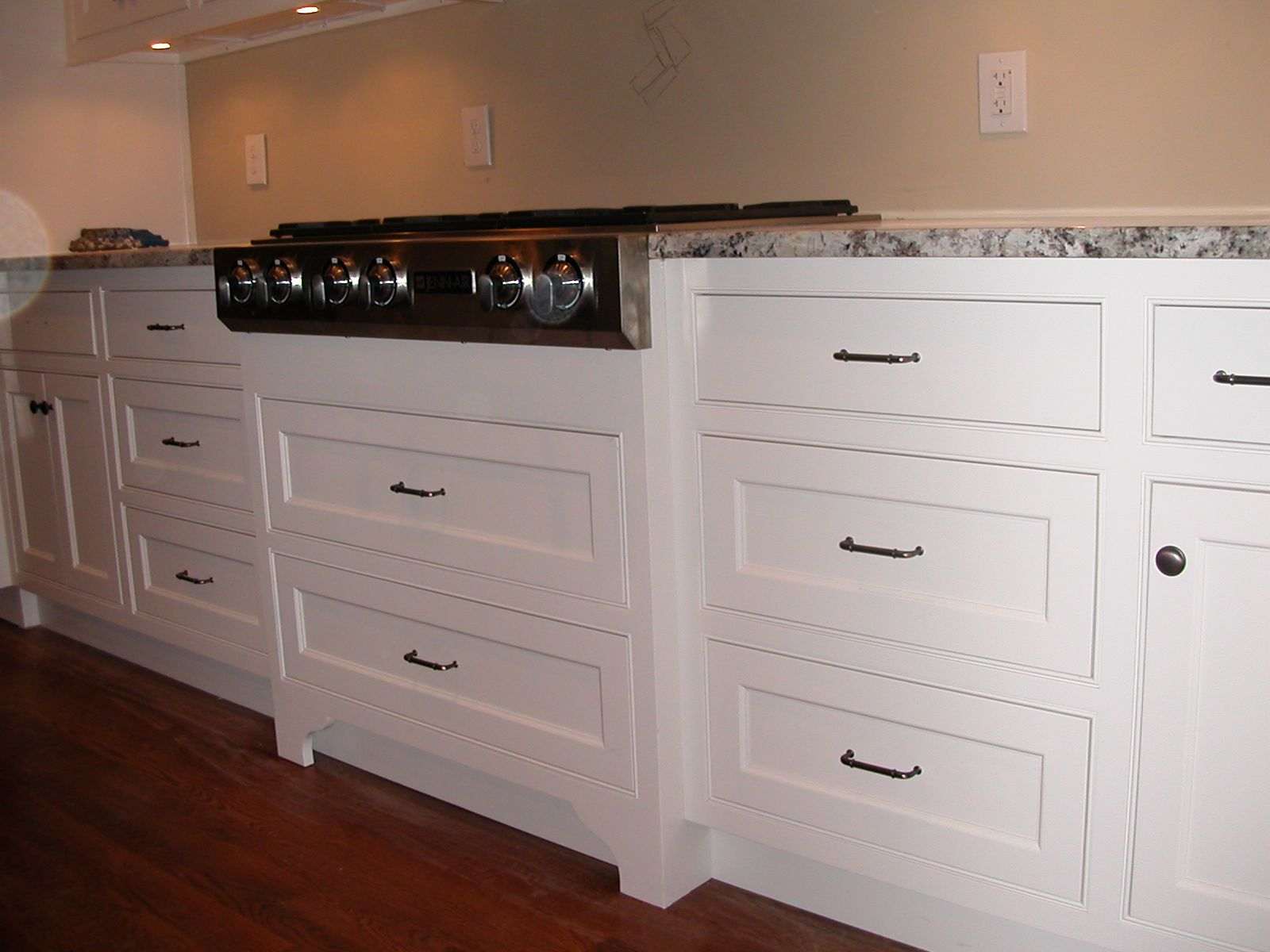 Http Woodworkdesignsbysteve Files Wordpress Com 2011 10 053 Jpg These C Shaker Style Kitchen Cabinets Kitchen Cabinet Door Styles Shaker Style Cabinet Doors