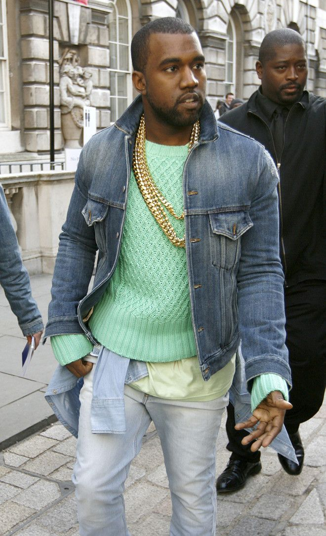 The Color Of Kanye S Sweater Is Pastel Greatness I Love It Paired With The Ruggedness Of A Denim Jacket Kanye West Style Kanye Fashion Kanye West