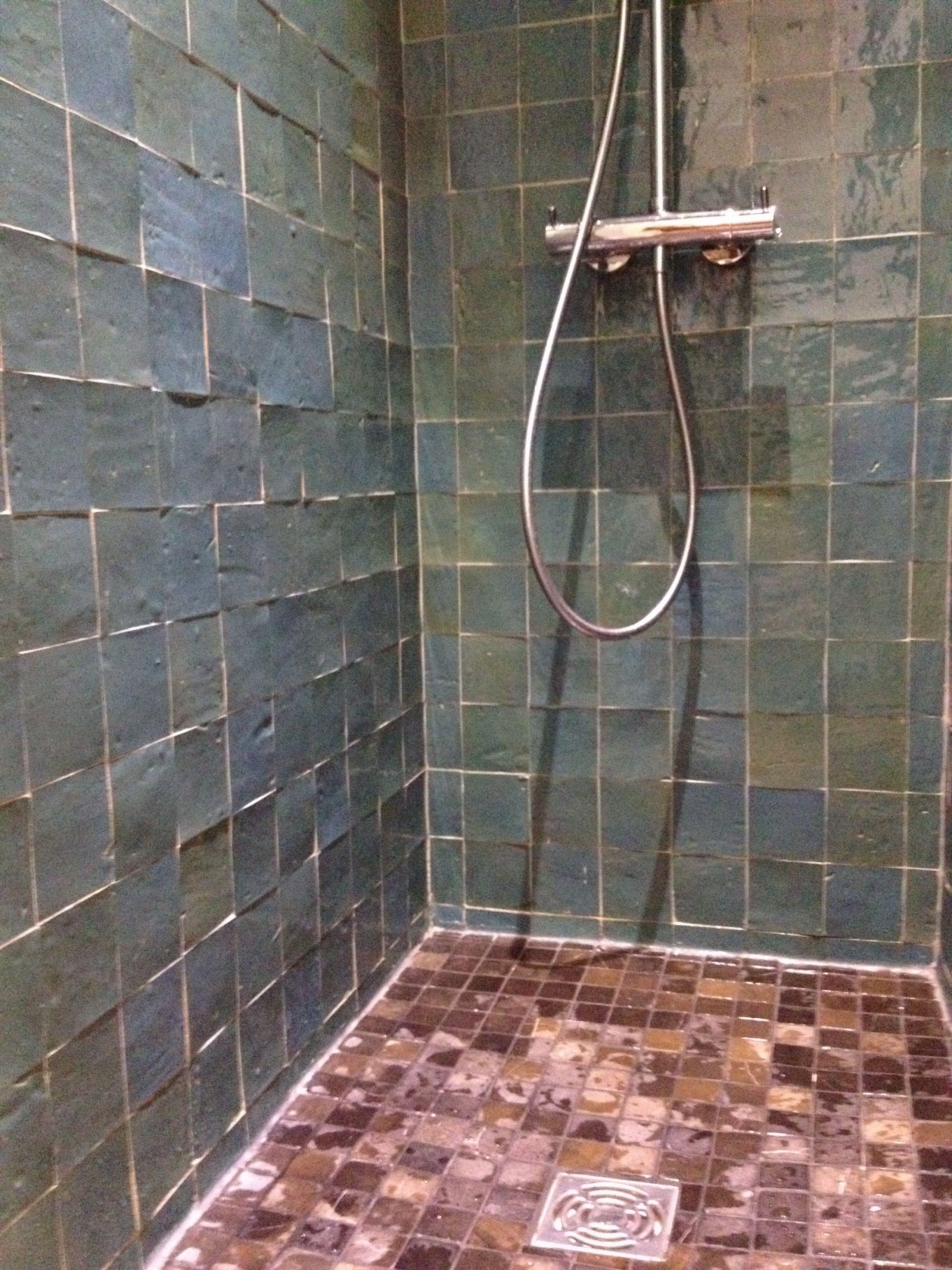 R novation termin e la douche l 39 italienne avec le zellige our paris apartment s renovation - Douche autobronzante paris 15 ...