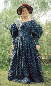 TV455 - 1830s Romantic Era Dress