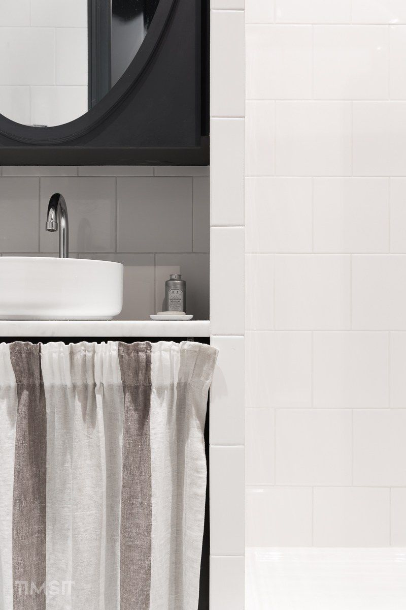 intrieur par grgory timsit i salle de bain marbre carrare vasque cramique miroir