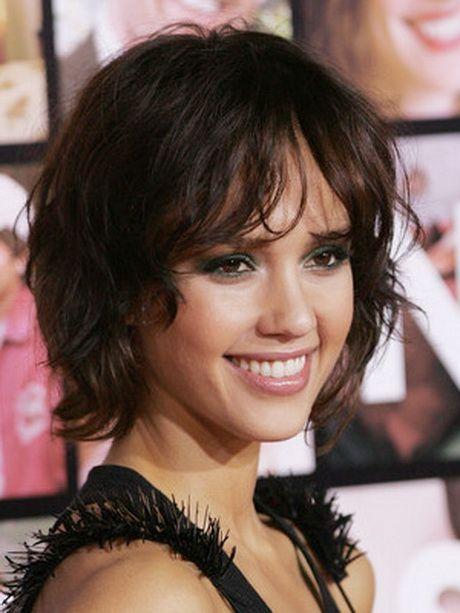 Modele De Coiffure Femme Visage Rond Coupes Cheveux Epais