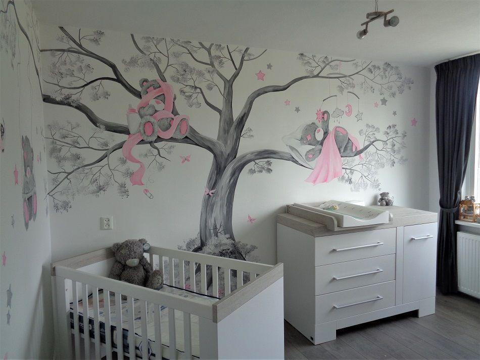 Babykamer Daphne Stijlen : Me to you muurschildering van een volledige boom op 2 muren