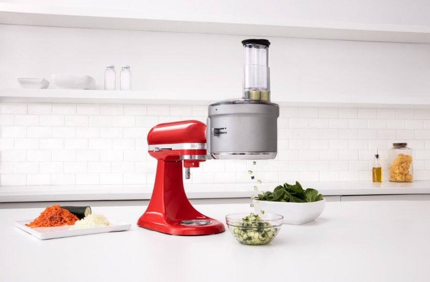 Chopping and dicing with the kitchenaid food processor