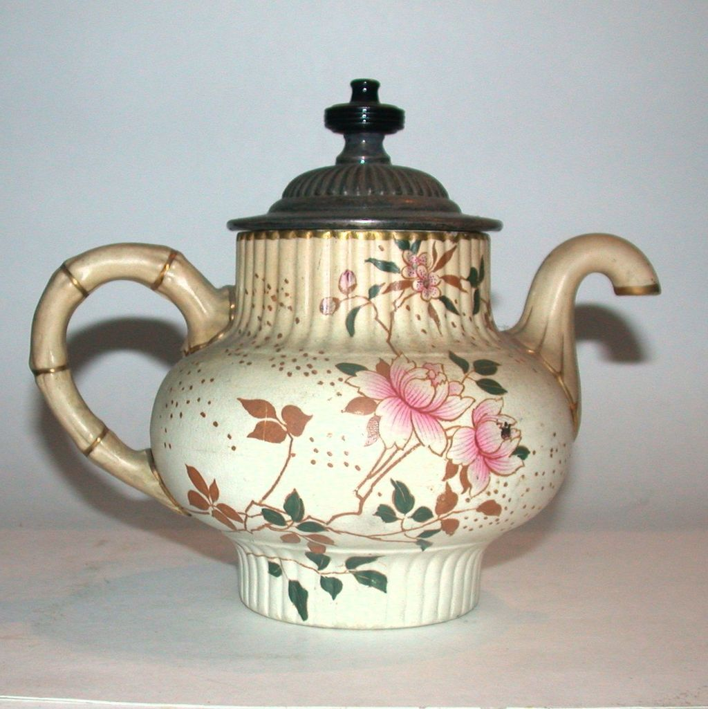 Pouring Teapot and Teacup | Doulton Burslem Royles Self Pouring Teapot from barkusfarm on Ruby ...