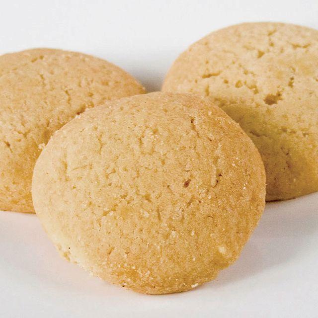 Grandma S Sour Cream Sugar Cookies 1 C Shortening 1 2 3 C Sugar 2 Eggs 1 C Sour Cream Or Pla Sour Cream Sugar Cookies Jello Cookies Recipe Cookie Recipes