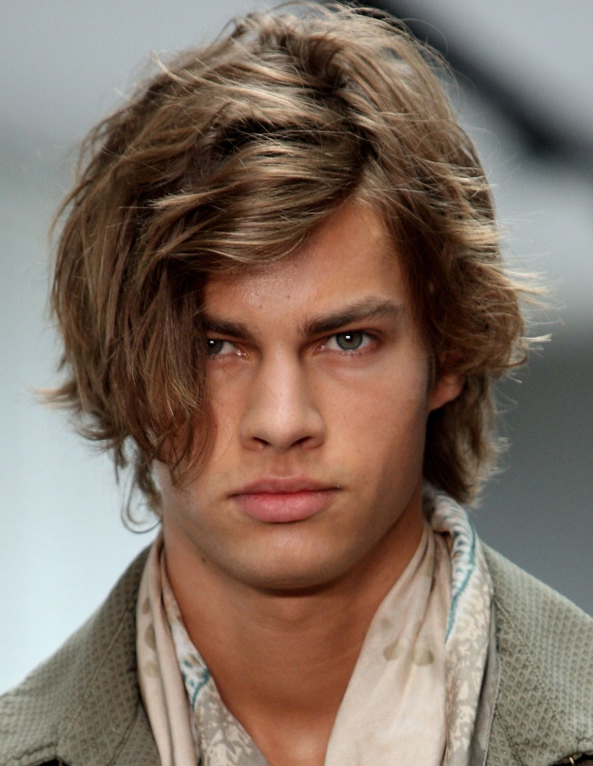 medium long hairstyle for guys 1000 images about hairstyles