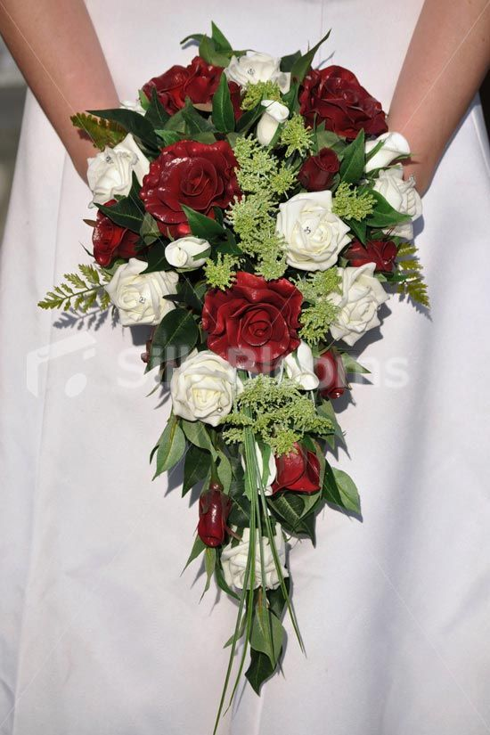 Rustic Fresh Touch Red Rose White Roses Wedding Wedding Bouquets Online Wedding Bridal Bouquets