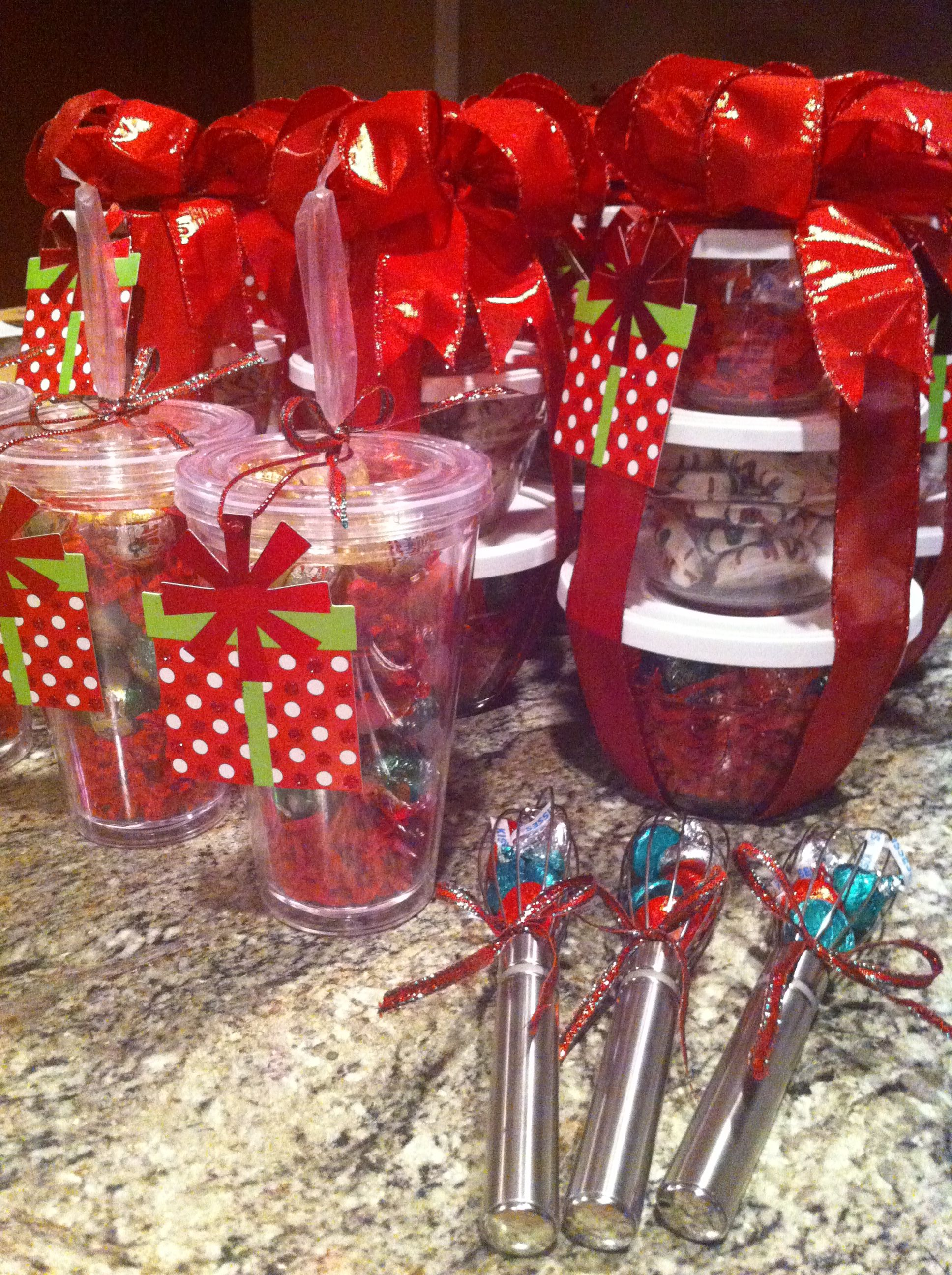 Fun Christmas Gift Ideas Order Your Prep Bowls Whisk And Cups Online At Www Pamperedchef Biz Cooking Chef Gift Basket Pampered Chef Pampered Chef Consultant