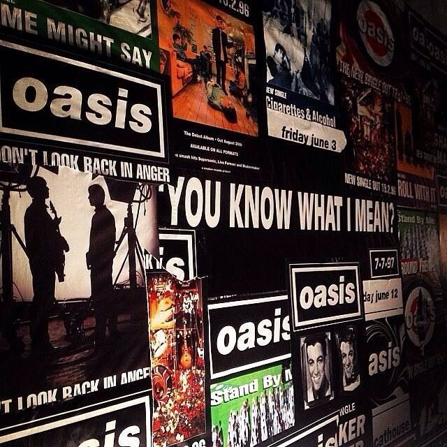 Varnsey Chasing The Sun 1993 1997 Exhibition Oasis Album Oasis Band Oasis