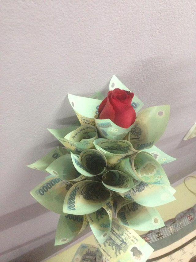 Bó hoa làm bằng tiền và usd chúc mừng sinh nhật độc đáo ...