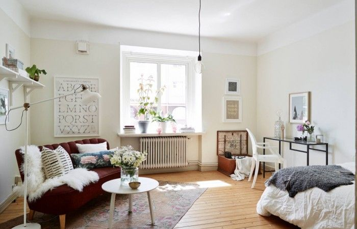 10 Efficiency Apartments That Stand Out For All The Good Reasons Apartment Decorating For Couples Studio Apartment Decorating Small Room Design