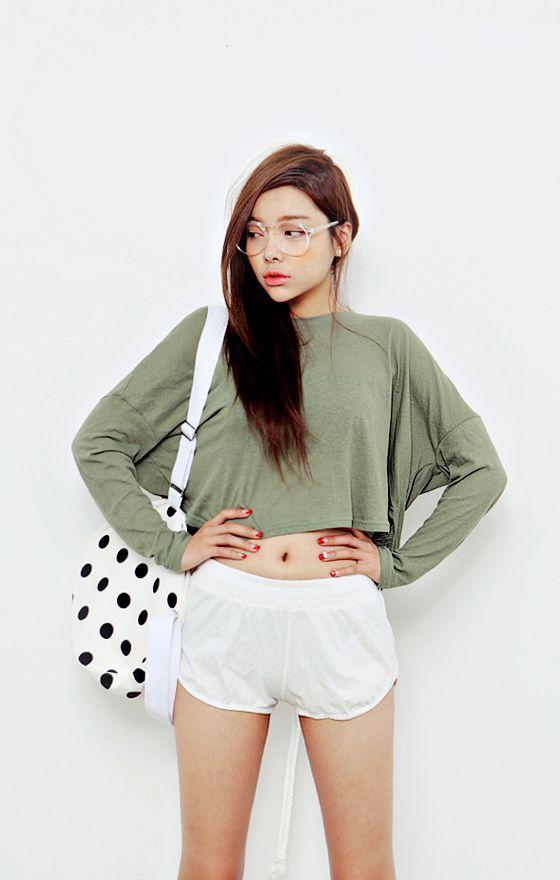 4c8657b3b89 Long sleeve crop top and shorts. | korea style. | Fashion, Long ...