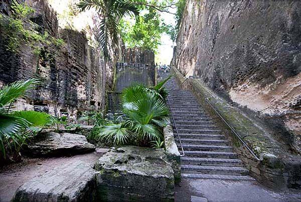 The Queen S Staircase Nassau Bahamas Amazing Story Nassau
